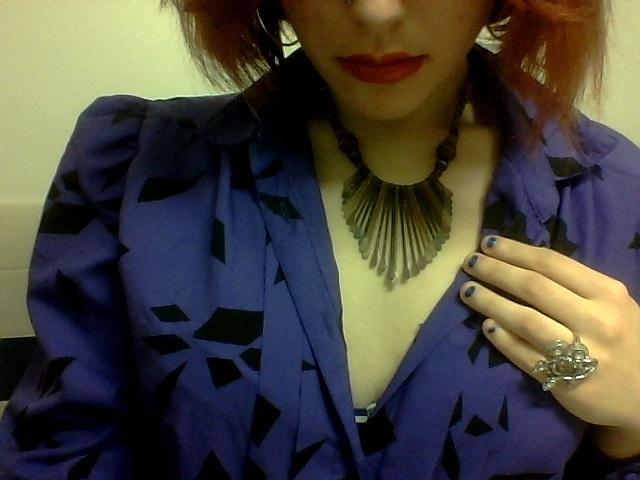 purple blouse V