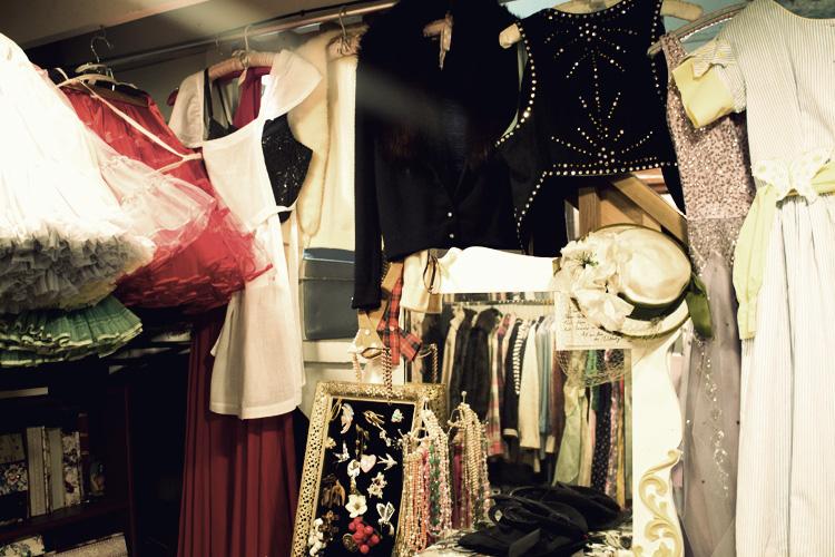 closet vixen vintage