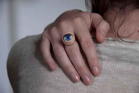 eye ring dainty squid