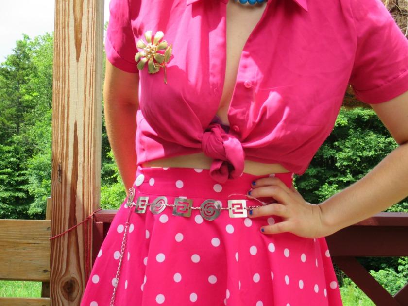 fifties pink V
