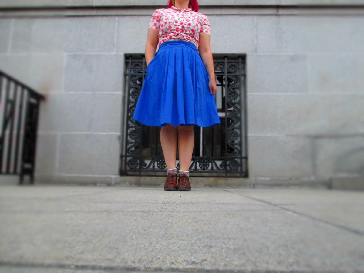 floral blouse, blue circle skirt, & ~super!artsy~photos